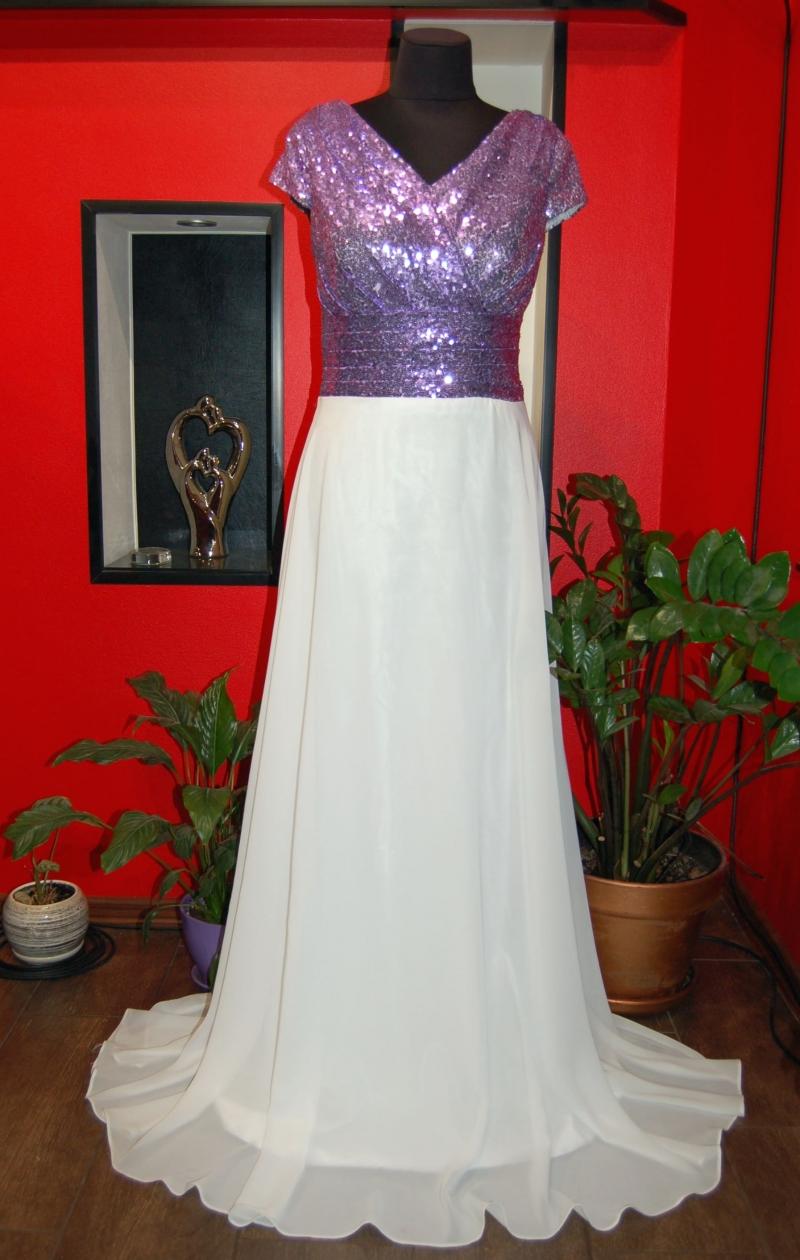 Продам нарядное вечернее платье в пол на любое торжество с пайетками